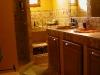 Salle de bain douche italiene en travertin
