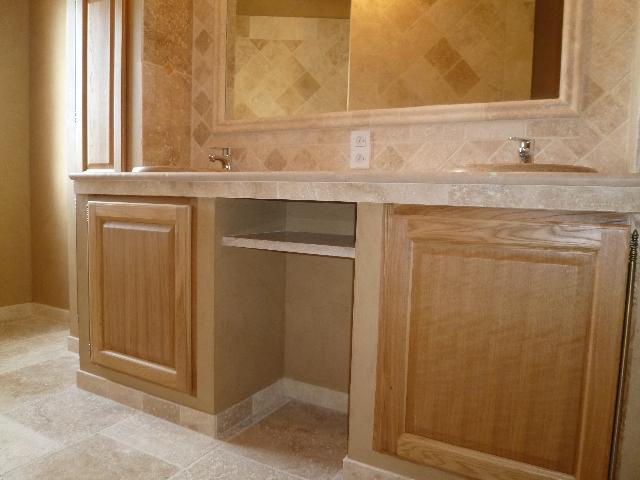 Meuble sous vasque avec niche